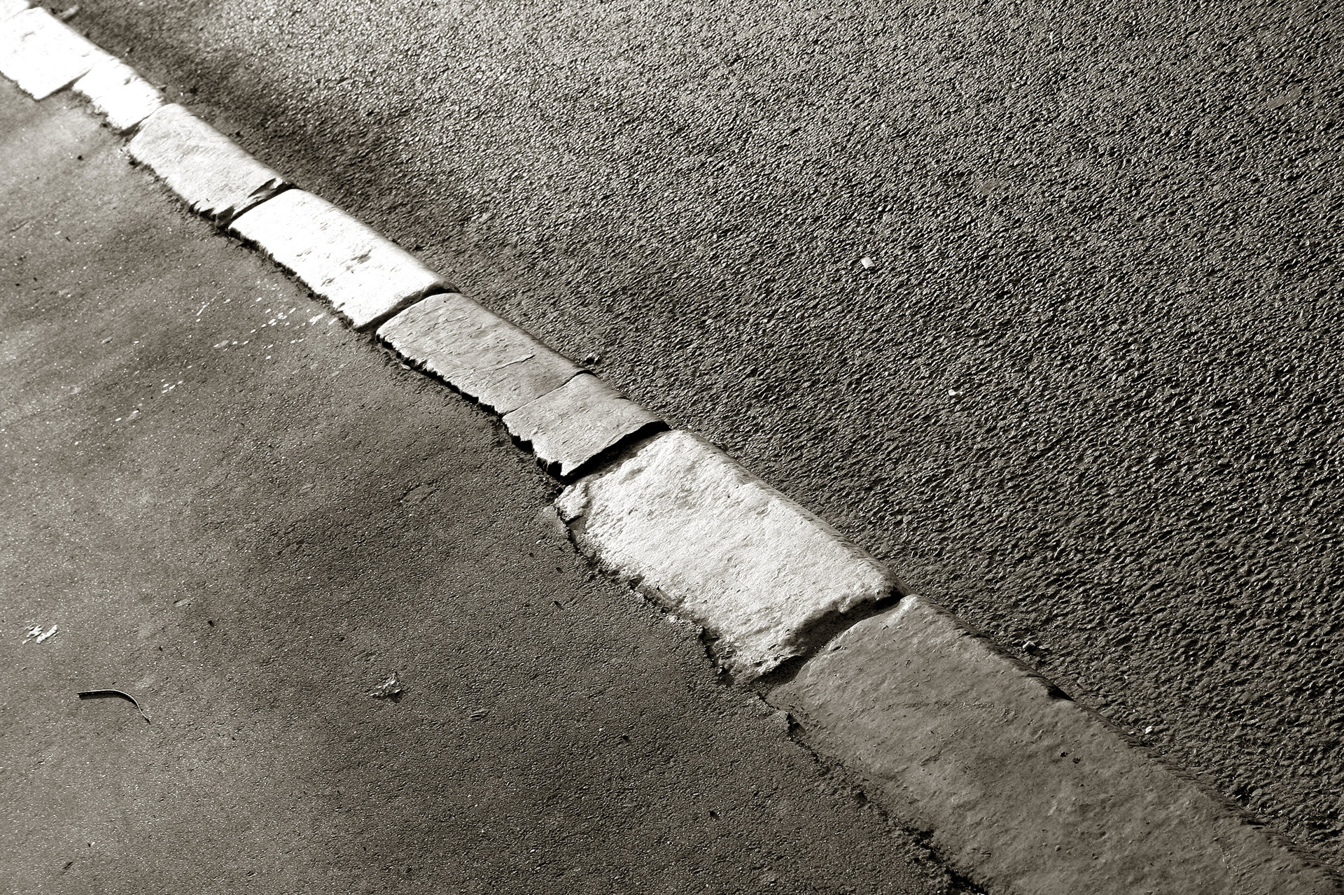 concrete-side-walk