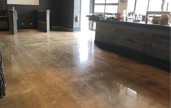 concrete polishing by polished floors
